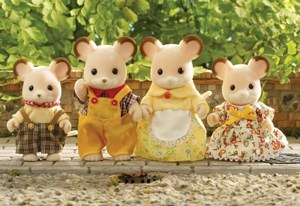 sylvanian-families-field-mouse-family